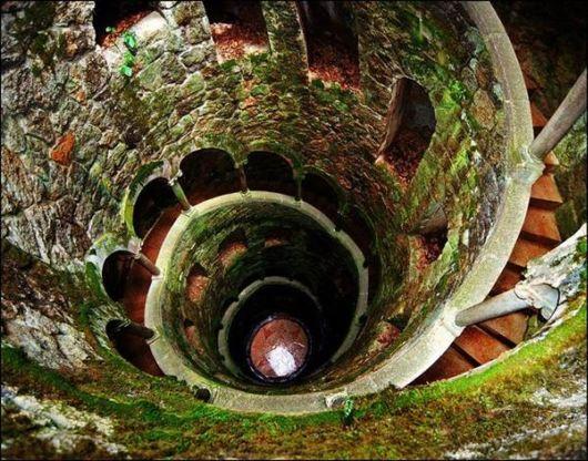 amazing_well_portugal_01.jpg