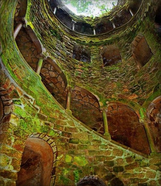 amazing_well_portugal_05.jpg